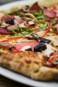 essen-und-trinken-pizzeria-restaurant-vendee