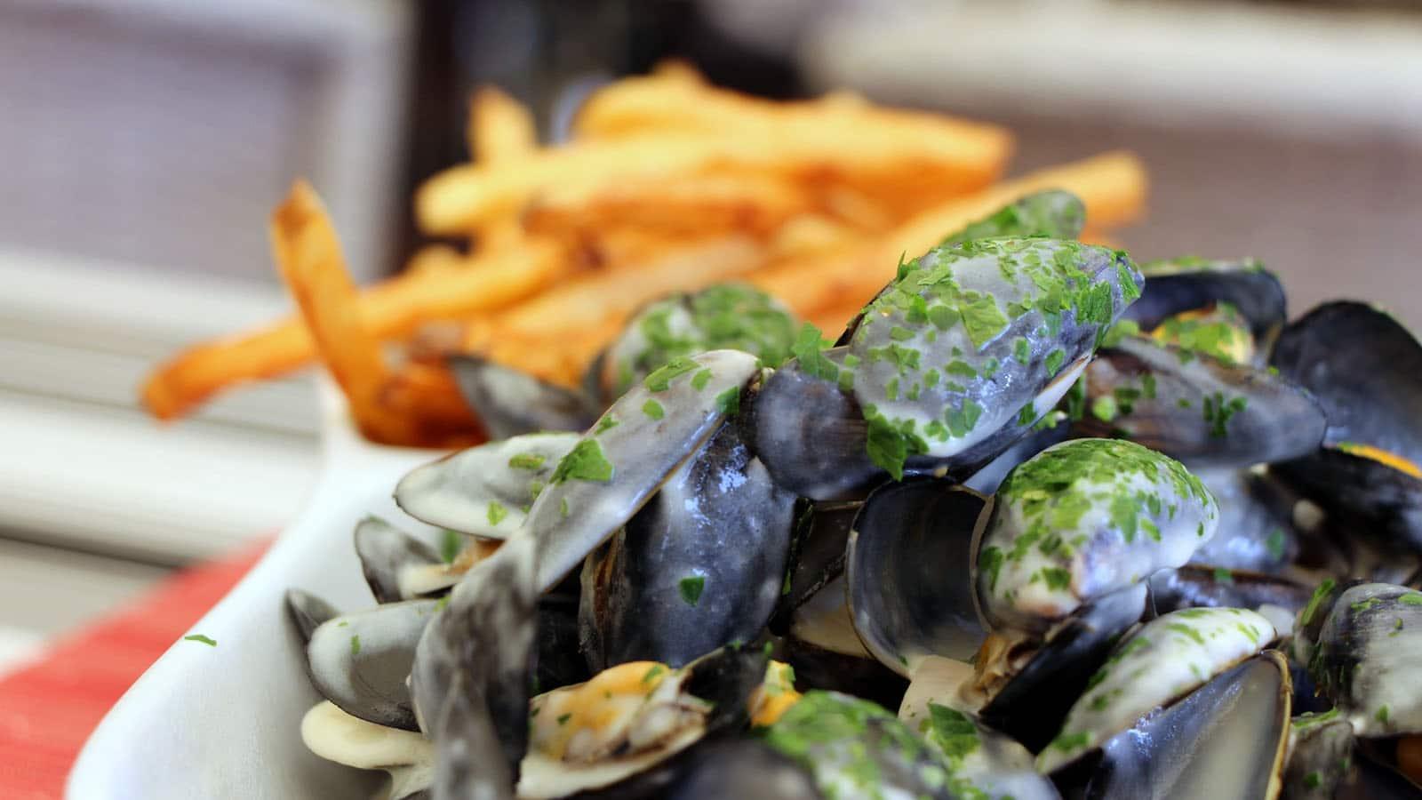 miesmuscheln-nach-sumpfart-rezepte-pays-de-saint-jean-de-monts
